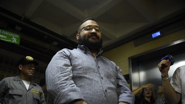 """Expertos analizan la conducta """"ligera y sonriente"""" de Javier Duarte en Guatemala"""