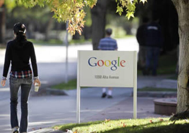 El buscador requerirá más talento mientras busque opacar el negocio de tecnología nube de Microsoft. (Foto: AP)
