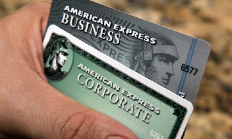 Las ventas totales, neto de gastos por interés, de American Express fueron de 7,740 mdd. (Foto: AP)