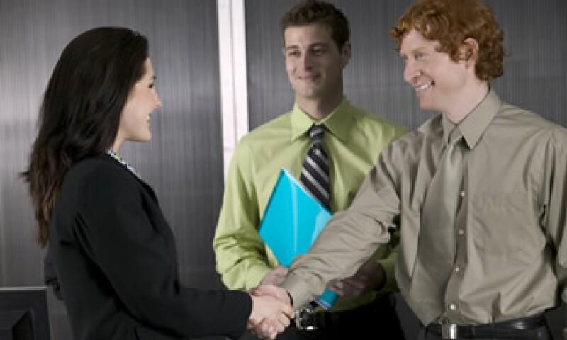 Es muy importante observar y conocer el lenguje no escrito dentro de la empresa.  (Foto: Thinkstock)