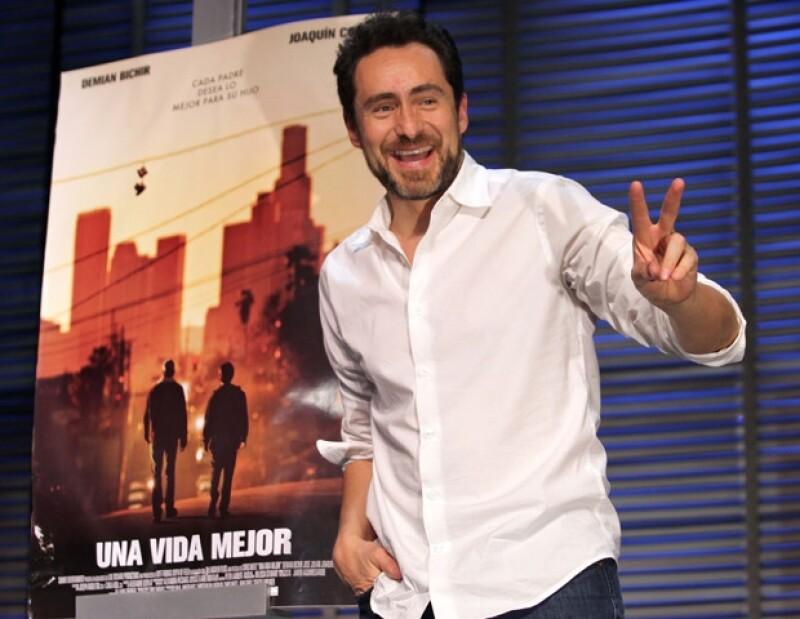 El actor mexicano considera que el arte puede cambiar la forma de hacer política.