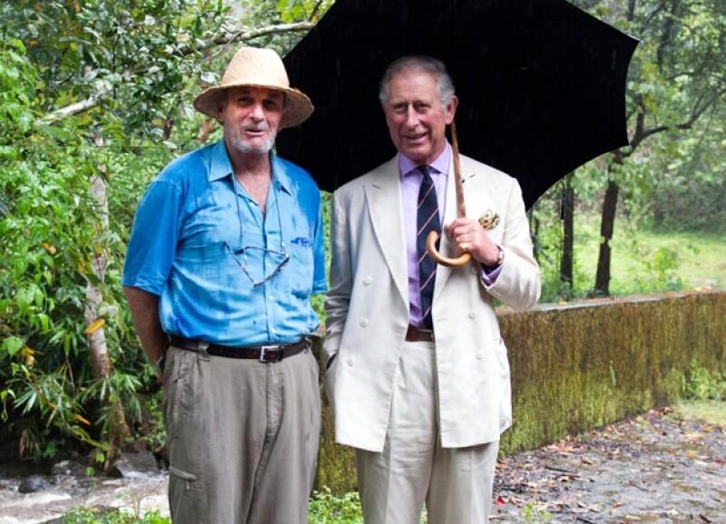 Como amante del medio ambiente, Mark tenía una organización de caridad para los elefantes a donde en alguna ocasión su cuñado, el príncipe Carlos llegó a visitarlo.