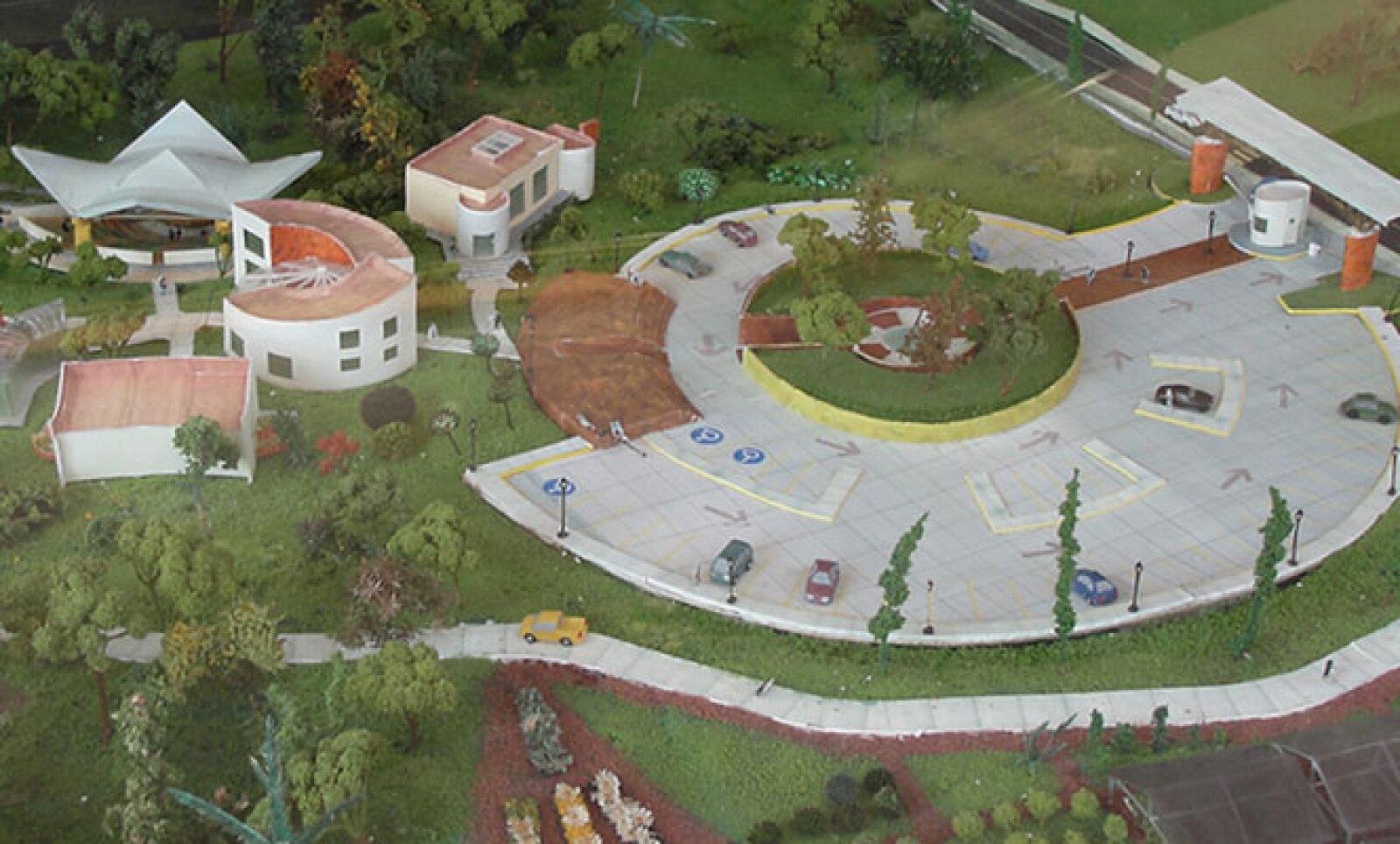 Las instalaciones educativas y recreativas de Jaguaroundi se inauguraron en abril pasado, ofreciendo a los visitantes un salón de usos múltiples, un auditorio, un museo, una tienda, así como  espacios de esparcimiento e investigación