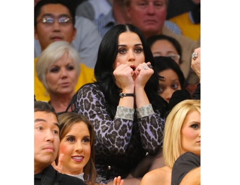 Katy `sufrió el encuentro´.