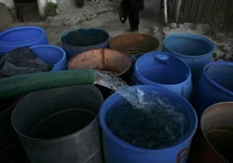 El exceso de consumo de agua en el Distrito Federal ha afectado a reservas como el lago de Avándaro en el Valle de Bravo. (Foto: Reuters)