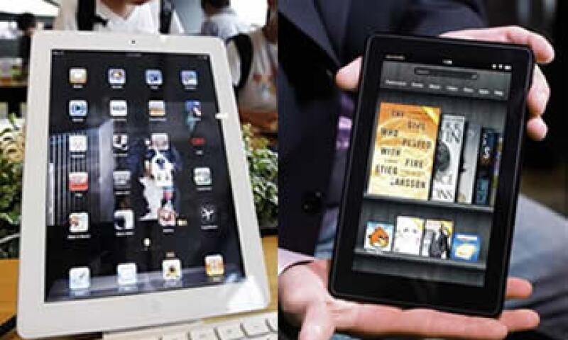 Apple ha logrado enormes ganancias con la venta de su iPad, mientras Amazon sabe que perderá dinero con la Kindle Fire. (Foto: Especial)