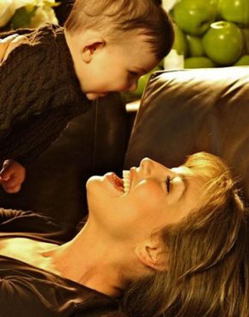 La estrella mexicana estrenará fragancia para bebés con un aroma inspirado en su hija.