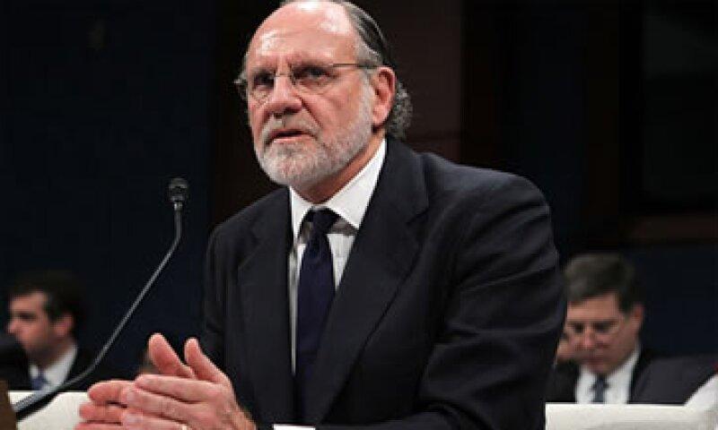 Jon Corzine, quien era CEO de MF Global,  negó haber ordenado el uso del dinero de los clientes. (Foto: AP)