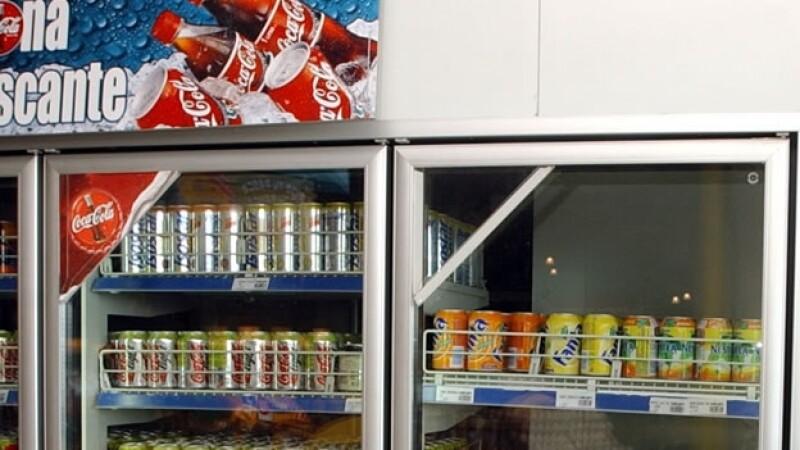 Refrescos en refrigerador
