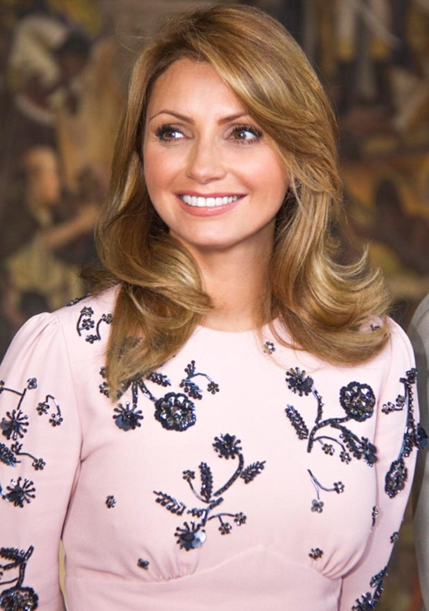 La primera dama de México lució un color de pelo más claro.