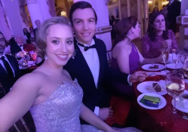 Jazmin Grace Grimaldi y su novio Ian Mellencamp