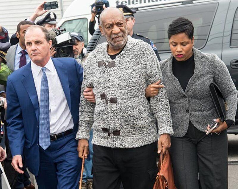 El comediante afroamericano se presentó ante el tribunal y pagó la fianza para esperar su juicio y defenderse en libertad, tras la acusación de violación de una mujer.