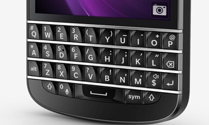 El modelo Q10 saldrá a la venta el 1 de mayo en Canadá. (Foto: Tomada de Global.blackberry.com)