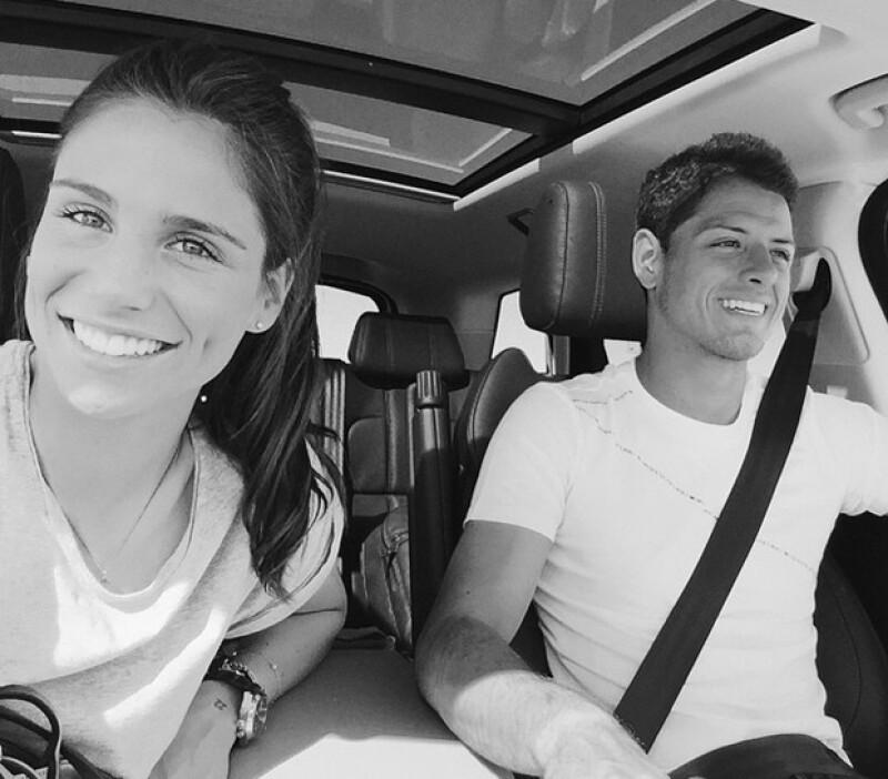 La guapa española con la que el futbolista fue visto súper cariñoso el mes pasado acaba de publicar en su Instagram la imagen que confirma su noviazgo.