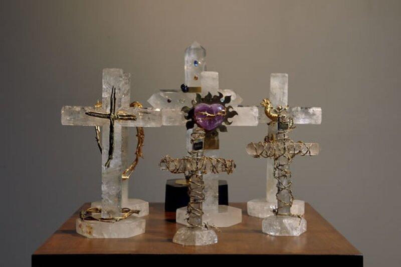 Crucifijos de cristal de roca.