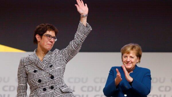 Merkel bis