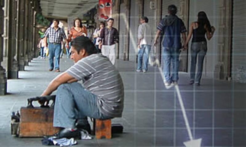 Las condiciones laborales en México se deterioran cada vez más, ya que los trabajadores no cuentan con prestaciones. (Foto: Archivo)