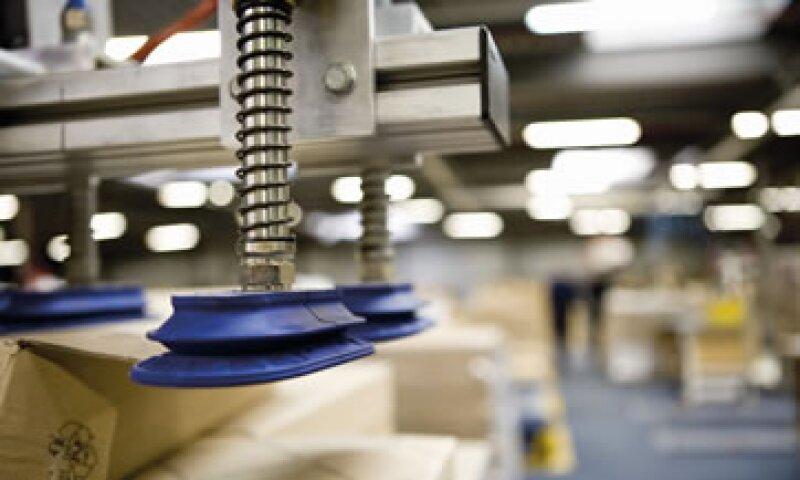 A tasa anual, la producción industrial registró un aumento de 3.3%. (Foto: Getty Images)