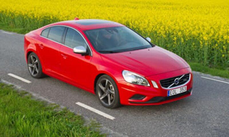 El Gobierno chino informó que hasta ahora no hay vínculos entre víctimas y potenciales defecto de los autos. (Foto: AP)