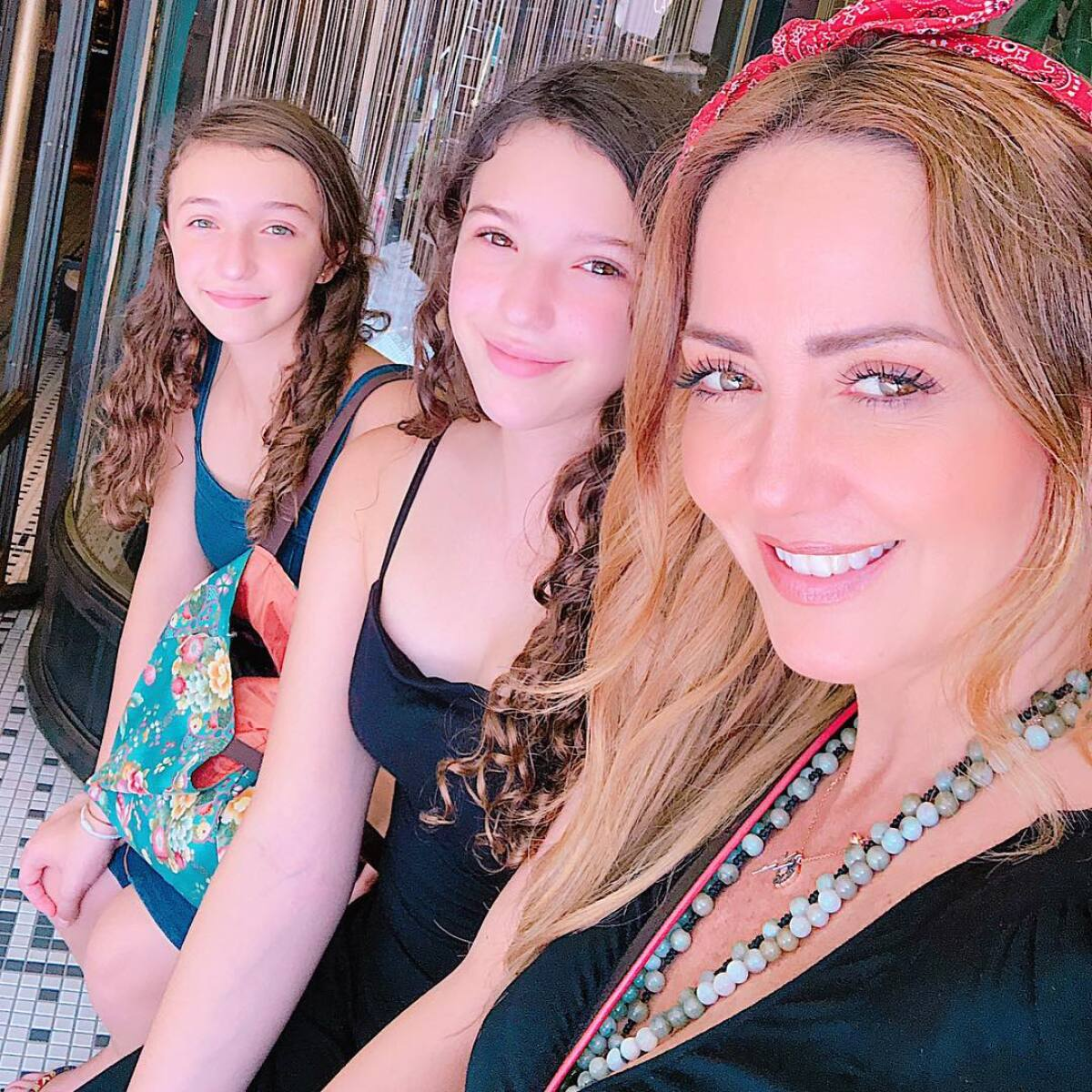 Andrea Legarreta Cojiendo hija de andrea legarreta sufre accidente en plena grabación