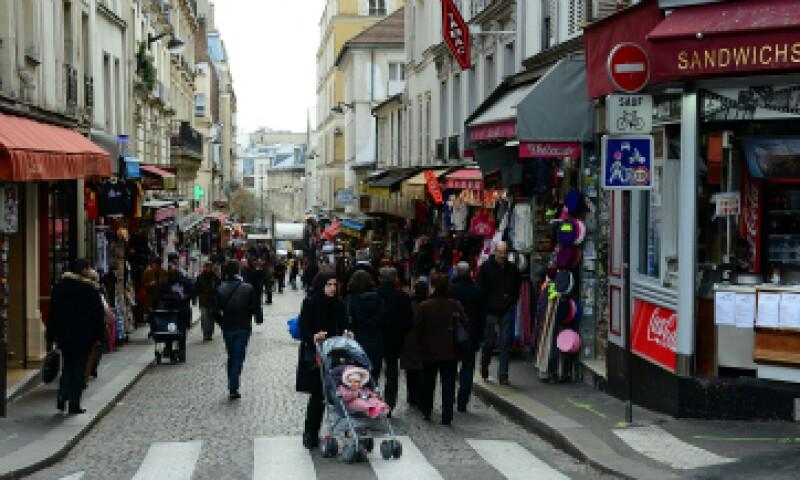 Los parisinos intentan retomar sus vidas cotidianas a seis días de los mortales ataques. (Foto: Getty Images)