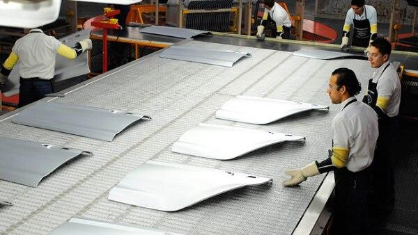 Las prensas estampan hasta 2,400 partes en una hora.