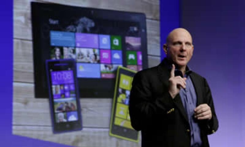 Hemos reimaginado Windows y hemos reimaginado la industria de las PCs, dice Steve Ballmer. (Foto: AP)