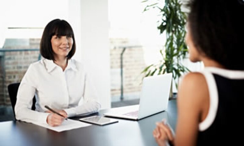 Trabajando.com recomienda a los candidatos hacer preguntas sobre las funciones del puesto y tareas por realizar.  (Foto: Getty Images)