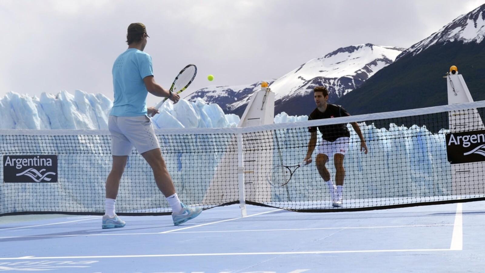 Rafael Nadal y Novak Djokovic glaciar