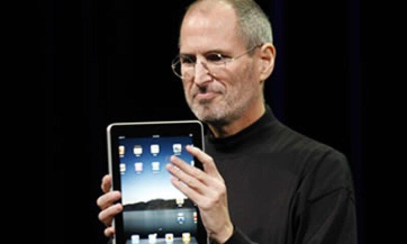 La policía pidió la tableta robada y la devolvió a la familia de Steve Jobs. (Foto: AP)