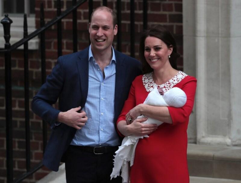 La ocupación MUY peculiar de Kate y William en el acta de nacimiento ...