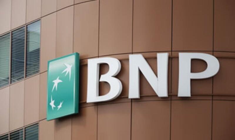 Una multa de más de 10,000 mdd casi borraría las utilidades antes impuestos del banco en 2013. (Foto: Reuters)
