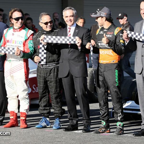 Alejandro Soberón, Emerson Fittipaldi, el ex-piloto Héctor Rebaque, Miguel Ángel Mancera, Sergio Pérez, Francisco Maz y  Jo Ramírez