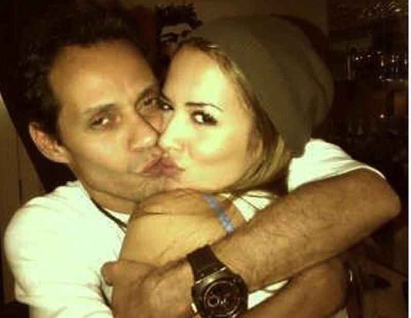 Marc Anthony subió a Twitter una foto con su nueva novia, Shannon de Lima.