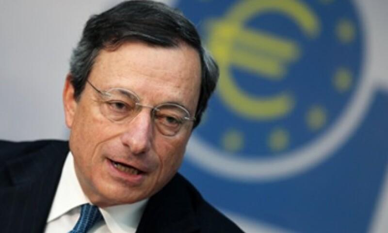Un sondeo de Reuters estimaba que los bancos abonarían 3,000 mde la próxima semana. (Foto: Reuters)