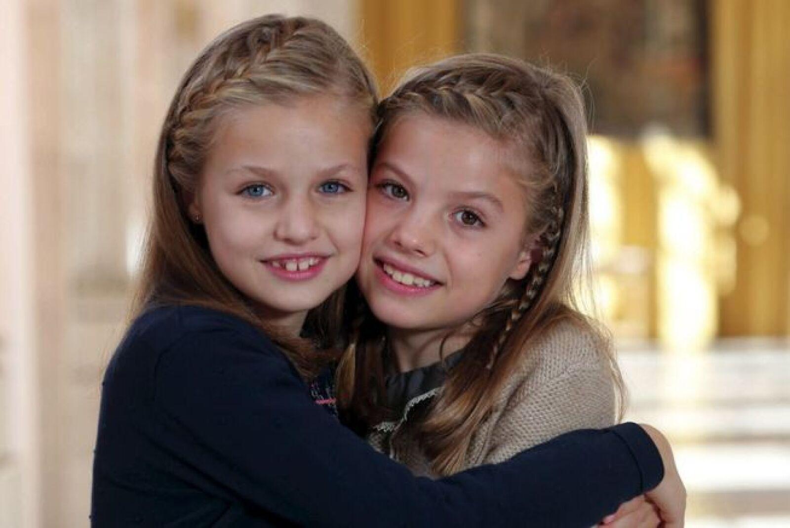 Leonor, Princesa de Asturias y su hermana menor, la infanta Sofía.