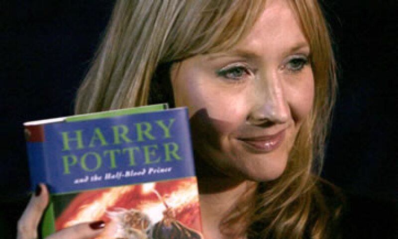 La escritora de 47 años dijo a la BBC que su próximo libro será para niños un poco menores en comparación con los libros de Potter. (Foto: AP)