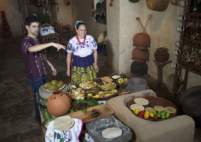 Degustó los mejores platillos de comida michoacana.