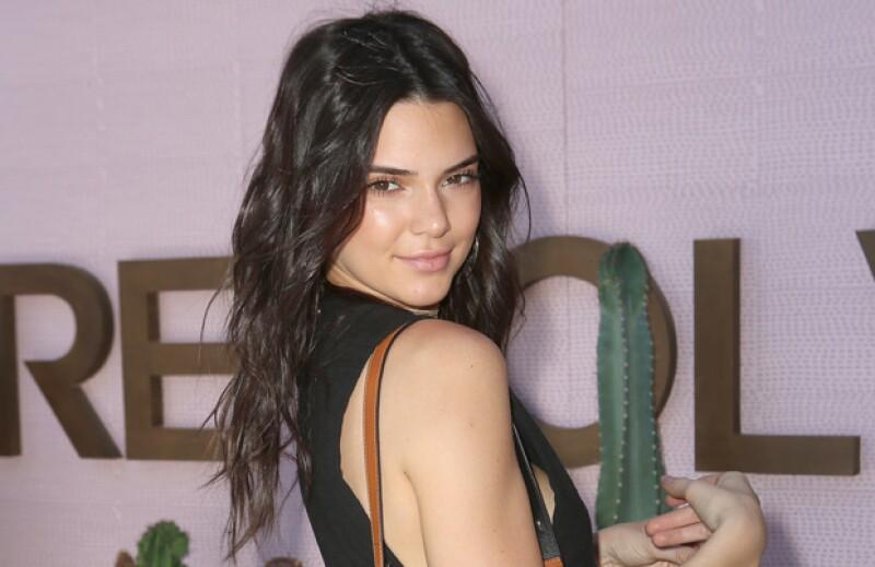 Una de las miembros más jóvenes del clan Kardashian ha decidido dejar atrás su larga melena y traer de vuelta la tendencia del bob.