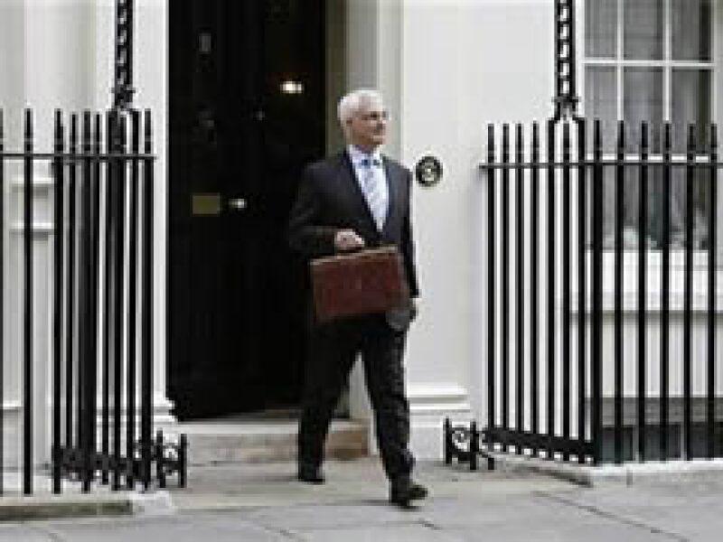El ministro de Finanzas de Gran Bretaña devolverá el dinero pagado por el gobierno a sus inmuebles.  (Foto: Reuters)