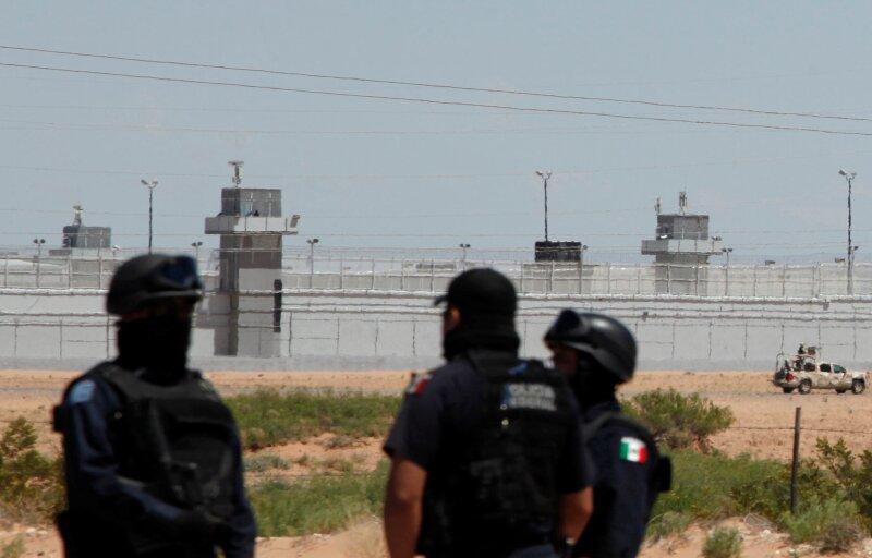 El Centro Federal de Readaptación Social donde se encuentra actualmente el líder del Cártel de Sinaloa es la penitenciaría peor evaluada en su rubro, según la CNDH.