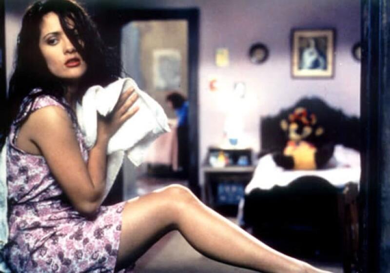 Este miércoles es el cumpleaños número 49 de la actriz mexicana, quien tiene una importante filmografía y personajes que han quedado para la posteridad.