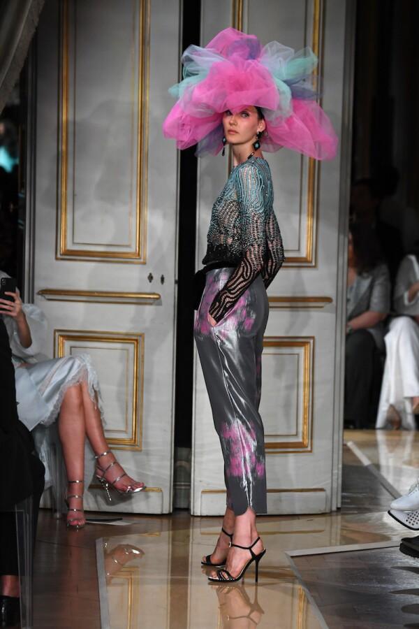 Giorgio Armani Prive : Runway - Paris Fashion Week - Haute Couture Fall Winter 2018/2019