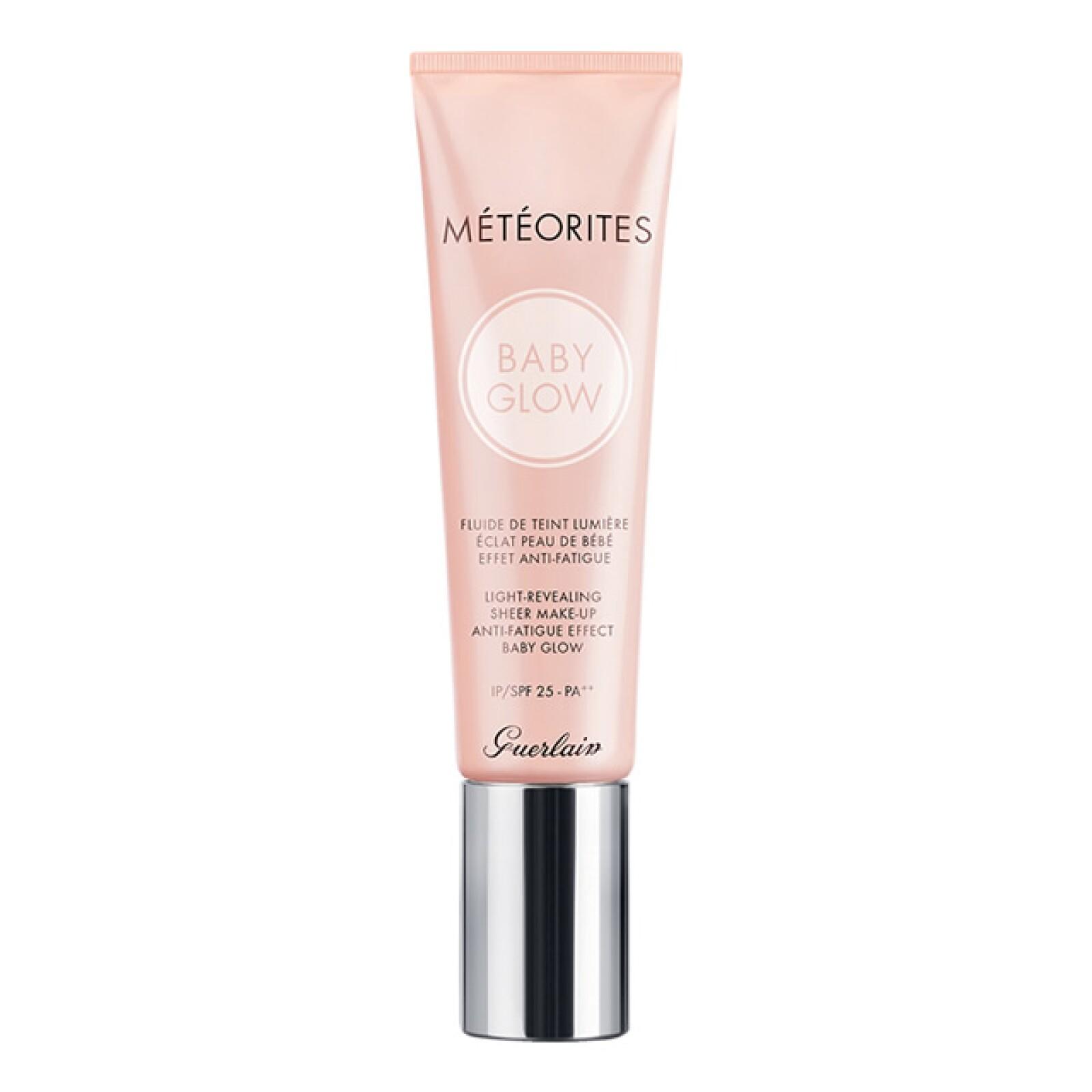 Guerlain: Météorites Light-Revealing Sheer Make-Up Anti-Fatigue Effect. El Palacio de Hierro Perisur. 810 pesos.