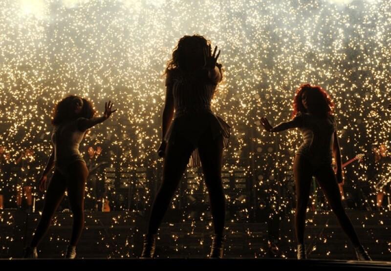 Durante el show de Beyoncé hubo pirotecnia.
