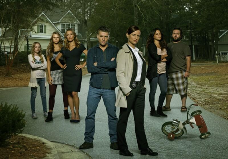 Ryan Phillippe y el elenco completo de Secrets and Lies.