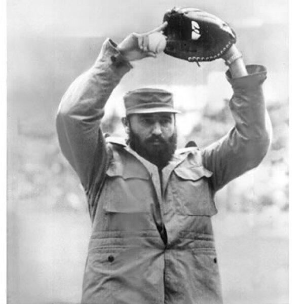 Después de llegar al poder en 1959, Castro y algunos de sus allegados formaron el equipo llamado 'Los Barbudos', que jugó algunos encuentros de exhibición.