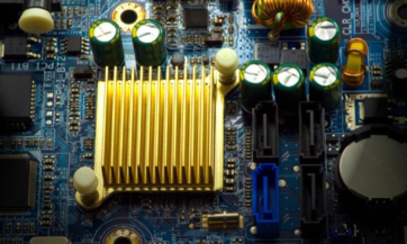 IBM espera hallar formas de reducir los procesadores de silicio. (Foto: iStock by Getty)