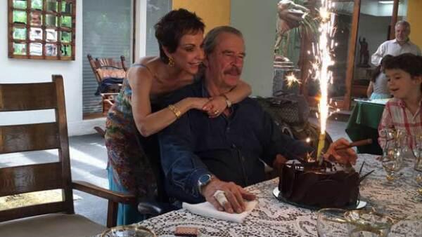 Al lado de su familia, el ex presidente de México festejó este día tan especial y lo compartió en sus redes sociales.
