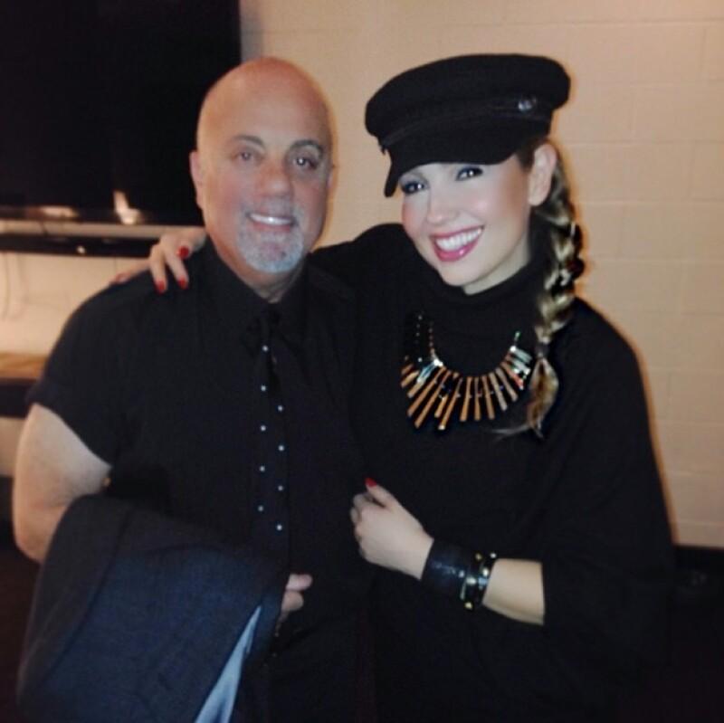 """Ayer la cantante asistió al concierto del intérprete de """"Piano Man"""" hecho que la hizo muy feliz, tanto que compartió fotos y video del show."""